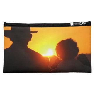 日没食のバッグかクラッチ コスメティックバッグ