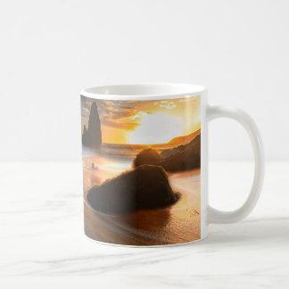 日没|の北カリフォルニアの海岸線 コーヒーマグカップ