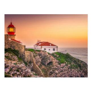 日没|アルガルヴェ地方、ポルトガルのCaboサンビセンテ ポストカード