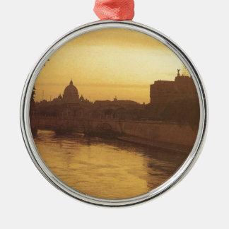 日没、川タイバーおよびセントピーターのローマ メタルオーナメント