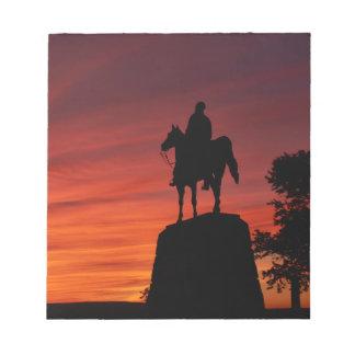日没- Gettysburgの国立公園- Meadeの記念物 ノートパッド