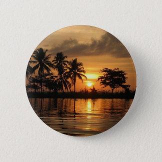 日没。India4.tropics.India.dreamland 5.7cm 丸型バッジ