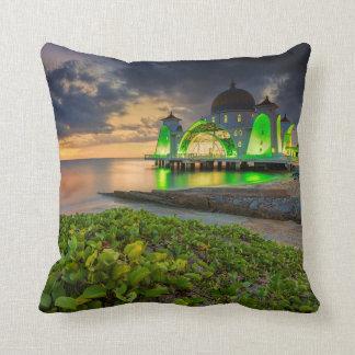 日没| Masjid Selatの間のMelaka クッション