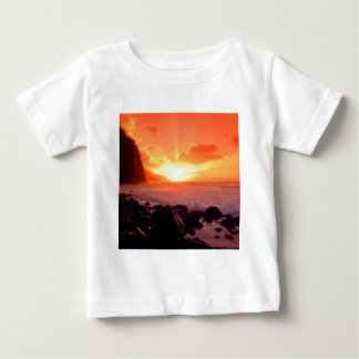日没Napaliカウアイ島ハワイ ベビーTシャツ