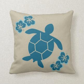 日焼けで青いウミガメが付いている装飾的な枕 クッション