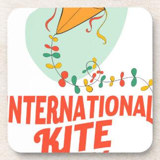 日1月14日-国際的な凧 コースター