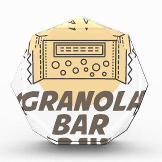 日1月21日-グラノーラバー 表彰盾