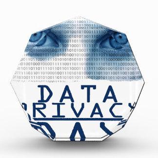 日1月28日-データ機密性 表彰盾