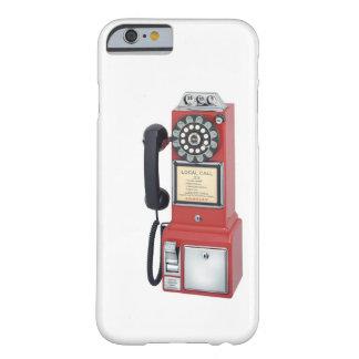 旧式で赤い公衆電話のiPhone6ケース Barely There iPhone 6 ケース