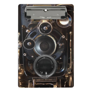 旧式なカメラの写真撮影のフィルムレンズ ミニクリップボード