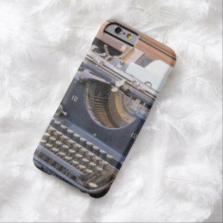 旧式なタイプライター BARELY THERE iPhone 6 ケース