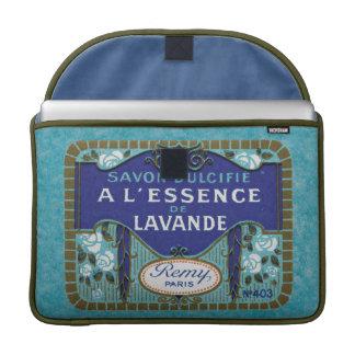 旧式なフランスのなラベンダーの石鹸 MacBook PROスリーブ