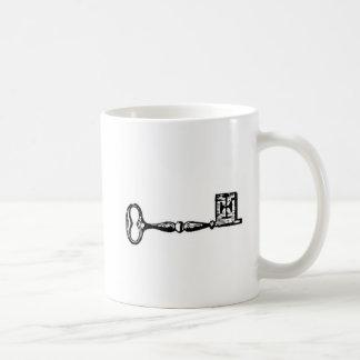 旧式な合い鍵の版木、銅版、版画 コーヒーマグカップ