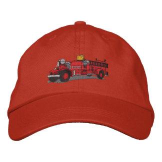 旧式な普通消防車 刺繍入りキャップ