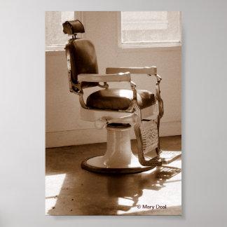 旧式な理髪店の椅子 ポスター