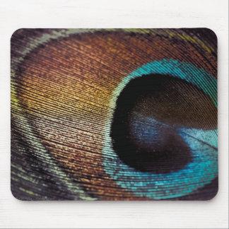 旧式な色相の孔雀の羽の目 マウスパッド
