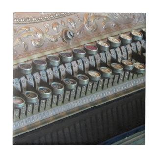 旧式な金銭登録機 タイル