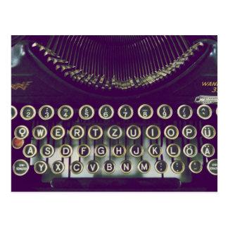 旧式のタイプライター ポストカード