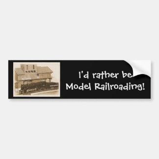 旧式のモデル列車の写真 バンパーステッカー