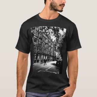 -早朝の開始 Tシャツ