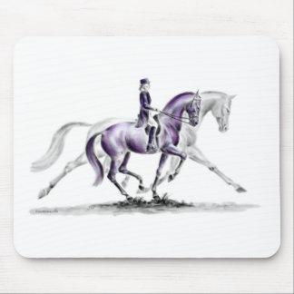 早足Piaffeの馬場馬術の馬 マウスパッド