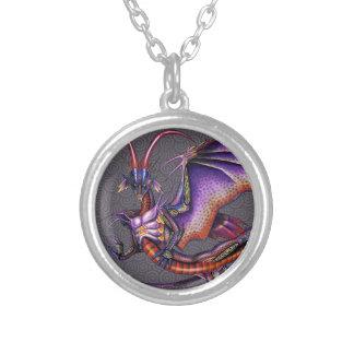 (昆虫)オオカバマダラ、モナークのドラゴンのネックレス シルバープレートネックレス