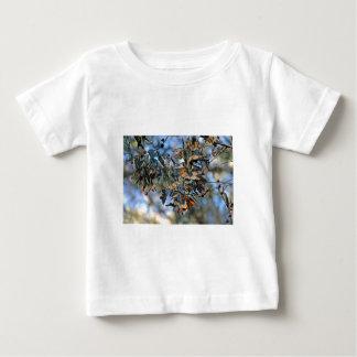 (昆虫)オオカバマダラ、モナークの集り ベビーTシャツ
