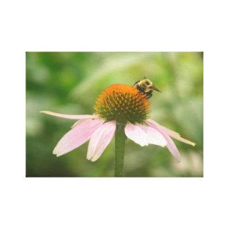 《昆虫》マルハナバチおよび彼の花 キャンバスプリント