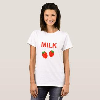 明るいいちごのミルク Tシャツ