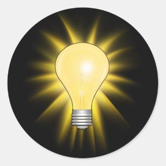 明るいアイディアの電球 ラウンドシール