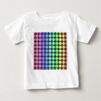 明るいカラフルのステンドグラスのスタイルパターン ベビーTシャツ