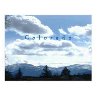 明るいコロラド州の山景色の郵便はがき ポストカード