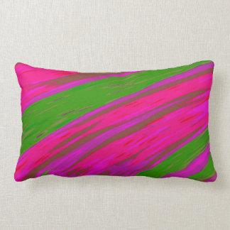 明るいピンクおよび緑色の棒の抽象芸術 ランバークッション