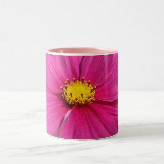 明るいピンクによって集中させるCosmo ツートーンマグカップ