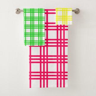 明るいピンクの緑および黄色の格子縞は縞で飾ります バスタオルセット