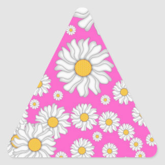明るいピンクの背景の白いデイジー 三角形シール