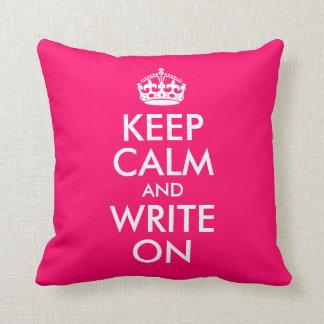 明るいピンクは平静を保ち、書きます クッション