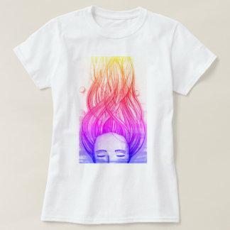 明るいプリントが付いているオリジナルのTシャツ Tシャツ