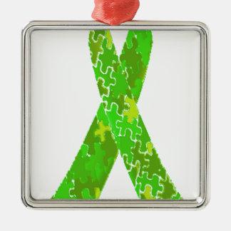 明るいライムグリーンのジグソーパズルパターンリボン メタルオーナメント