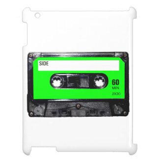 明るいライムグリーンのラベルカセット iPadケース