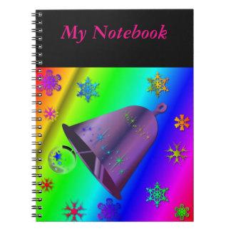 明るい及びお祝いの数々のな着色された虹のノート ノートブック