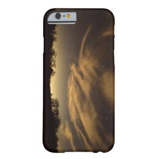 明るい夜 BARELY THERE iPhone 6 ケース