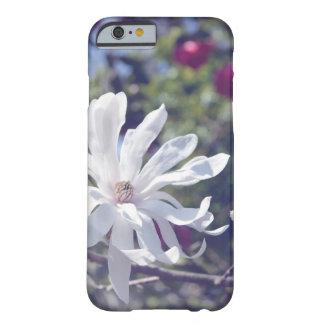 明るい星マグノリアの開花の電話箱 BARELY THERE iPhone 6 ケース