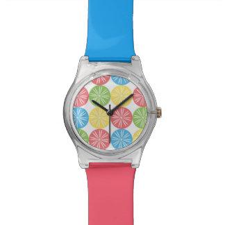 明るい柑橘類の腕時計 腕時計