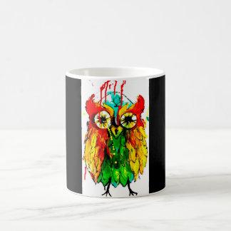 明るい着色された鮮やかな入れ墨インクかわいいフクロウのマグ コーヒーマグカップ