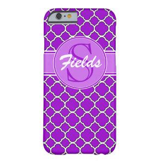 明るい紫色のQuatrefoilのモノグラムのiPhone 6の箱 Barely There iPhone 6 ケース