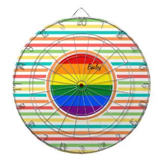 明るい虹のストライプ、LGBTの旗 ダーツボード