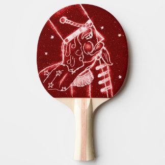 明るい赤のくるみ割りの戦わない兵隊 卓球ラケット