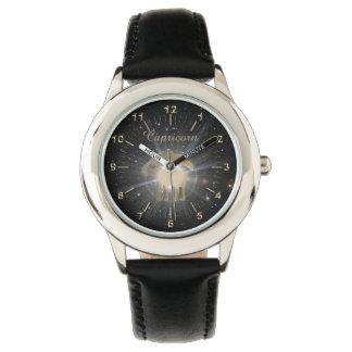 明るい金山羊座 腕時計