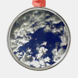 明るい雲の組合せ メタルオーナメント